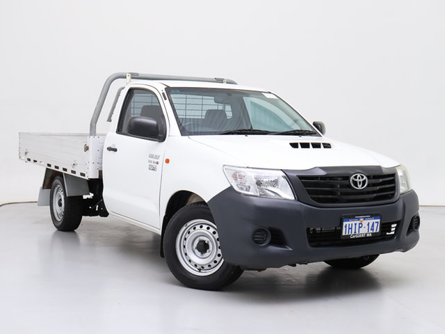 Used Toyota Hilux KUN16R MY14 Workmate, 2015 Toyota Hilux KUN16R MY14 Workmate White 5 Speed Manual Cab Chassis