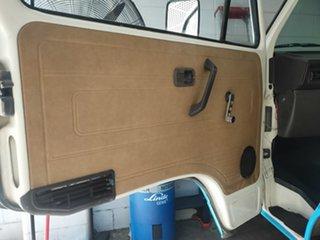 1989 Volkswagen Transporter T3 Window Blue & Cream 5 Speed Manual Van