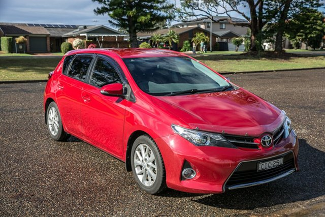 Used Toyota Corolla ZRE182R Ascent Sport S-CVT Port Macquarie, 2012 Toyota Corolla ZRE182R Ascent Sport S-CVT Red 7 Speed Constant Variable Hatchback