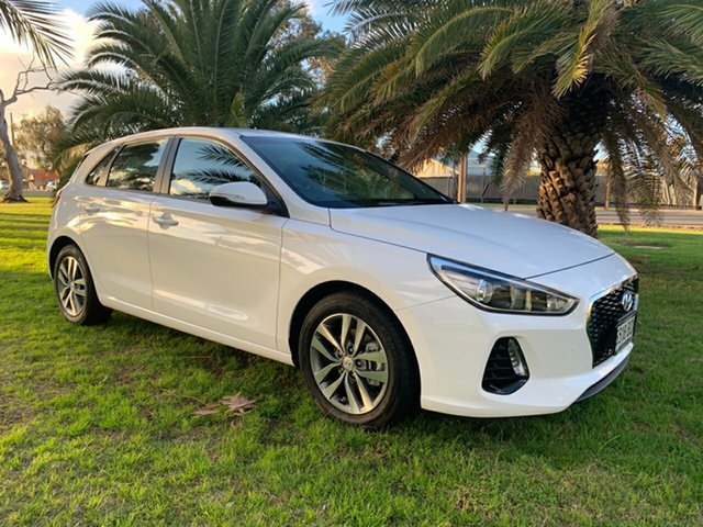 Used Hyundai i30 PD MY18 Active Cheltenham, 2017 Hyundai i30 PD MY18 Active Polar White 6 Speed Sports Automatic Hatchback