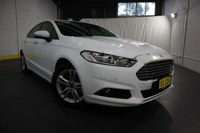Used Ford Mondeo MD 2017.50MY Ambiente Castle Hill, 2017 Ford Mondeo MD 2017.50MY Ambiente White 6 Speed Sports Automatic Hatchback