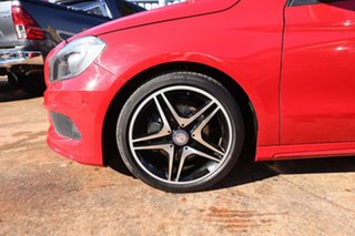 2013 Mercedes-Benz A200 176 BE Red 7 Speed Automatic Hatchback.