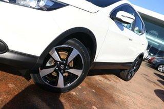 2017 Nissan Qashqai J11 ST N-SPORT White Continuous Variable Wagon.