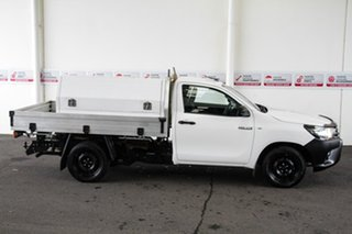 2017 Toyota Hilux GUN122R Workmate Glacier White 5 Speed Manual Cab Chassis