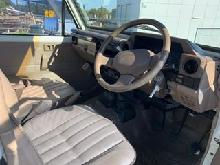 1998 Toyota Landcruiser HZJ75RP (4x4) White 5 Speed Manual 4x4 Cab Chassis
