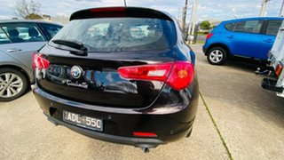 2014 Alfa Romeo Giulietta Series 0 MY13 Distinctive TCT JTD-M Black 6 Speed