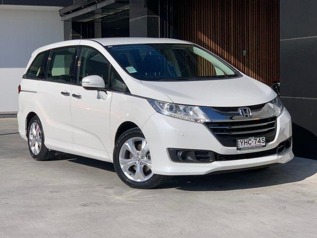 Used Honda Odyssey RC MY16 VTi Liverpool, 2016 Honda Odyssey RC MY16 VTi White 7 Speed Constant Variable Wagon
