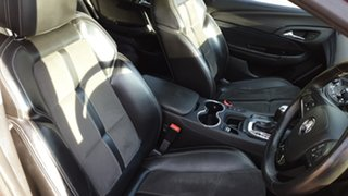 2013 Holden Commodore VF SV6 Red 6 Speed Automatic Sportswagon