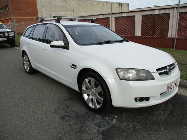 Used Holden Commodore VE MY09.5 International Sportwagon Kippa-Ring, 2009 Holden Commodore VE MY09.5 International Sportwagon White 4 Speed Automatic Wagon