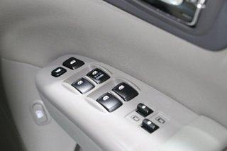 2011 Kia Grand Carnival VQ MY11 SI White 6 Speed Automatic Wagon