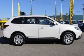 2019 Mitsubishi Outlander ZL MY20 ES 2WD White Solid 6 Speed Constant Variable Wagon