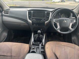 2017 Mitsubishi Triton White Utility.