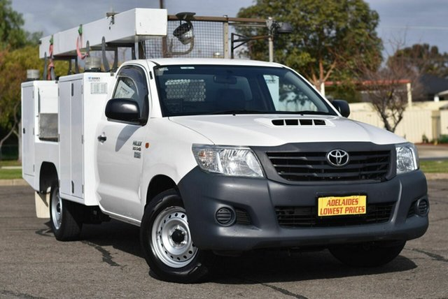 Used Toyota Hilux KUN16R MY14 Workmate 4x2 Enfield, 2015 Toyota Hilux KUN16R MY14 Workmate 4x2 White 5 Speed Manual Cab Chassis