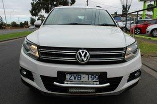 2013 Volkswagen Tiguan 5N MY14 118TSI 2WD White 6 Speed Manual Wagon.