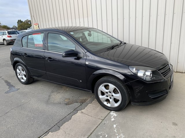 Used Holden Astra AH MY05 CDX Horsham, 2005 Holden Astra AH MY05 CDX 4 Speed Automatic Hatchback