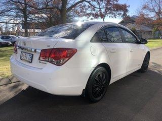 2009 Holden Cruze JG CD White 6 Speed Sports Automatic Sedan.