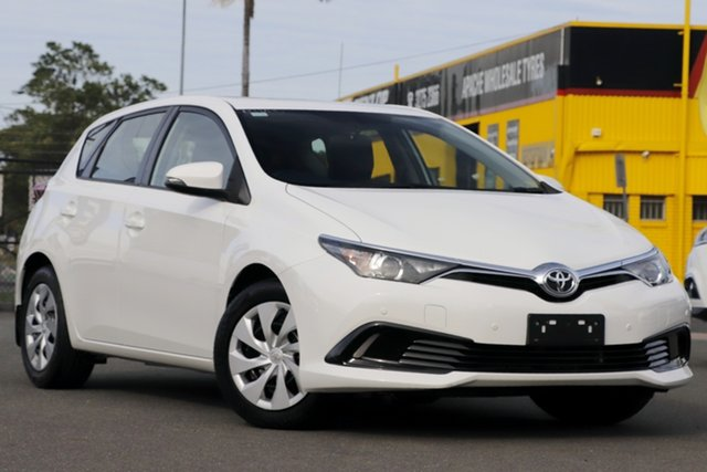 Used Toyota Corolla ZRE182R Ascent S-CVT Rocklea, 2015 Toyota Corolla ZRE182R Ascent S-CVT Glacier White 7 Speed Constant Variable Hatchback