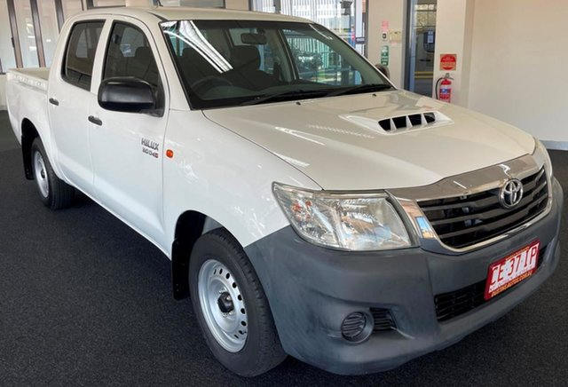 Used Toyota Hilux KUN16R MY14 SR Double Cab 4x2 Winnellie, 2014 Toyota Hilux KUN16R MY14 SR Double Cab 4x2 White 5 Speed Manual Utility