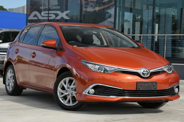 Used Toyota Corolla ZRE182R Ascent Sport S-CVT Aspley, 2017 Toyota Corolla ZRE182R Ascent Sport S-CVT Orange 7 Speed Constant Variable Hatchback