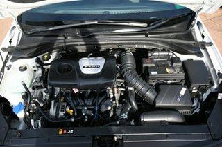 2017 Hyundai i30 PD SR Premium White 7 Speed Auto Dual Clutch Hatchback