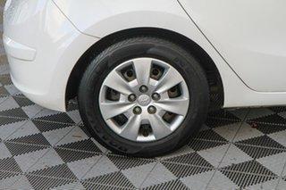 2011 Hyundai i30 FD MY11 SX White 4 Speed Automatic Hatchback