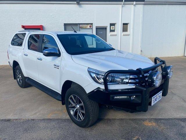 Pre-Owned Toyota Hilux GUN126R MY17 SR5 (4x4) Moora, 2017 Toyota Hilux GUN126R MY17 SR5 (4x4) Glacier White 6 Speed Manual Dual Cab Utility