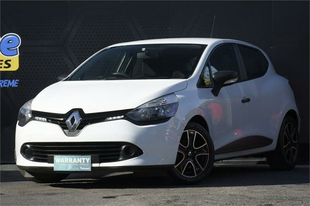Used Renault Clio IV B98 Expression Campbelltown, 2014 Renault Clio IV B98 Expression White 5 Speed Manual Hatchback