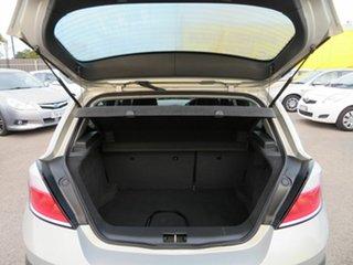 2006 Holden Astra Silver 5 Speed Manual Hatchback