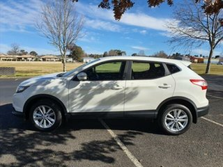 2015 Nissan Qashqai J11 ST Ivory Pearl 1 Speed Constant Variable Wagon.