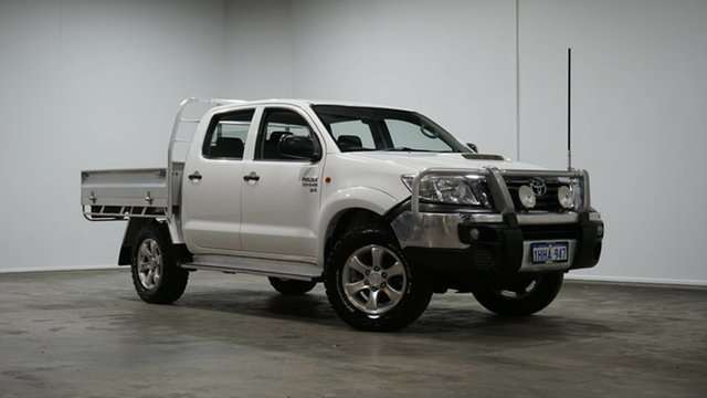 Used Toyota Hilux KUN26R MY14 SR Double Cab Welshpool, 2014 Toyota Hilux KUN26R MY14 SR Double Cab White 5 Speed Manual Cab Chassis
