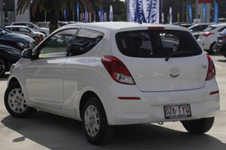 2014 Hyundai i20 PB MY14 Active Coral White 4 Speed Automatic Hatchback.