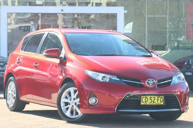 Used Toyota Corolla ZRE182R MY15 Ascent Sport Rosebery, 2015 Toyota Corolla ZRE182R MY15 Ascent Sport Red 7 Speed CVT Auto Sequential Hatchback