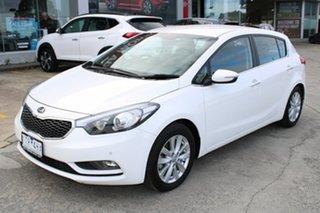 2013 Kia Cerato YD MY14 SI White 6 Speed Sports Automatic Hatchback.