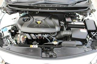 2013 Kia Cerato YD MY14 SI White 6 Speed Sports Automatic Hatchback
