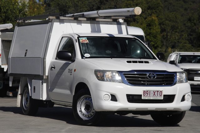 Used Toyota Hilux KUN16R MY12 SR 4x2 Robina, 2012 Toyota Hilux KUN16R MY12 SR 4x2 Glacier 5 speed Manual Cab Chassis