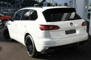 2021 Volkswagen Touareg CR MY21 210TDI Tiptronic 4MOTION Wolfsburg Edition White 8 Speed.