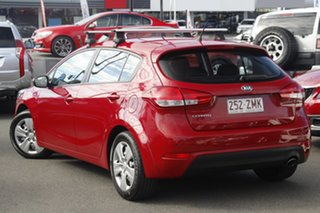 2015 Kia Cerato YD MY15 S Red 6 Speed Sports Automatic Hatchback.