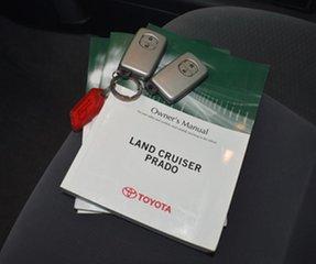 2010 Toyota Landcruiser Prado KDJ150R GXL (4x4) White 5 Speed Sequential Auto Wagon.
