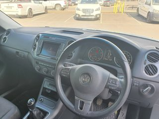 2015 Volkswagen Tiguan 5N MY16 118TSI 2WD White 6 Speed Manual Wagon