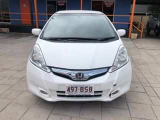 2014 Honda Jazz Hybrid White 1 Speed Constant Variable Hatchback Hybrid.