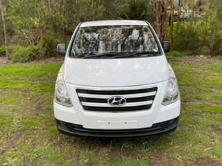 2017 Hyundai iLOAD TQ3-V Series II MY18 Creamy White/urban G 5 Speed Automatic Van.