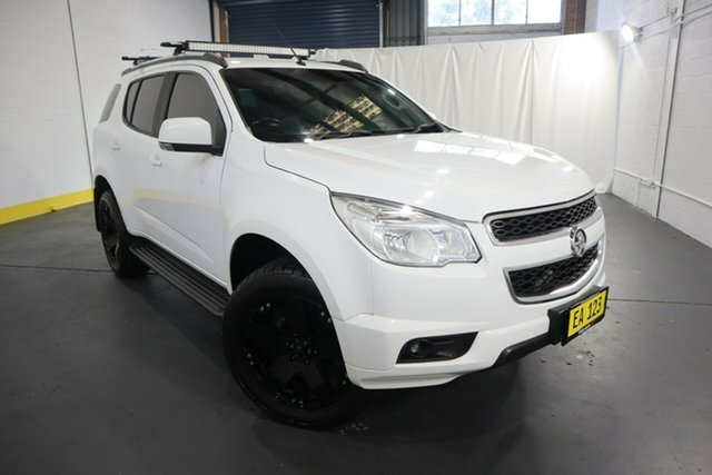 Used Holden Colorado 7 RG MY15 LT Castle Hill, 2015 Holden Colorado 7 RG MY15 LT White 6 Speed Sports Automatic Wagon