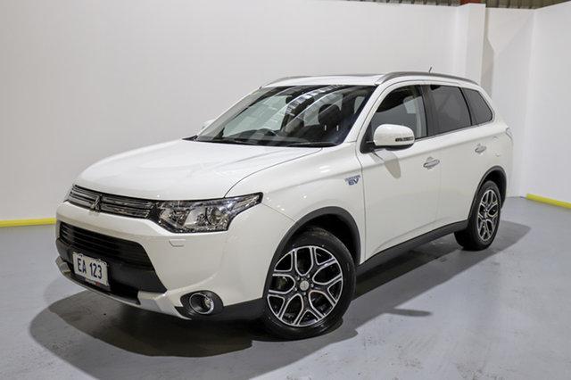 Used Mitsubishi Outlander ZJ MY14.5 PHEV AWD Aspire Canning Vale, 2015 Mitsubishi Outlander ZJ MY14.5 PHEV AWD Aspire White 1 Speed Automatic Wagon Hybrid