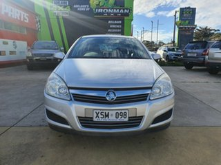 2008 Holden Astra AH MY08 CD Silver 5 Speed Manual Hatchback.