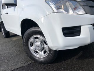2014 Isuzu D-MAX MY15 SX Crew Cab White 5 Speed Sports Automatic Cab Chassis.
