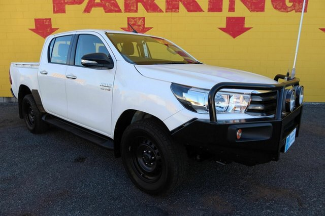 Used Toyota Hilux GUN126R SR Double Cab Winnellie, 2016 Toyota Hilux GUN126R SR Double Cab White 6 Speed Sports Automatic Utility