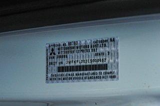 2021 Mitsubishi Express White Manual