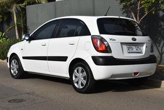 2007 Kia Rio JB MY07 EX White 4 Speed Automatic Hatchback.