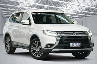 2017 Mitsubishi Outlander ZK MY17 LS (4x2) White Continuous Variable Wagon.