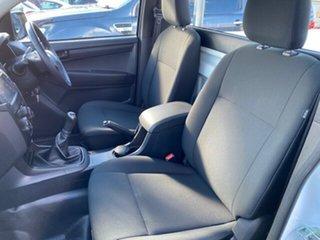 2017 Isuzu D-MAX TF MY17 SX (4x2) White 6 Speed Manual Cab Chassis